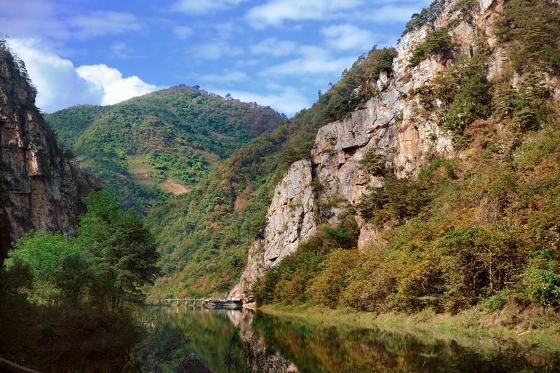 А также всякие прочие реки и горы.