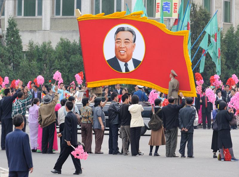 Поток туристов из России в КНДР совершенно ничтожный. По непонятным для меня причинам. Сам я крайне редко трачу время на повторное посещение какой-либо страны, ибо тогда жизни не хватит объехать интересные места планеты. Но Северная               Корея одно из немногих исключений.