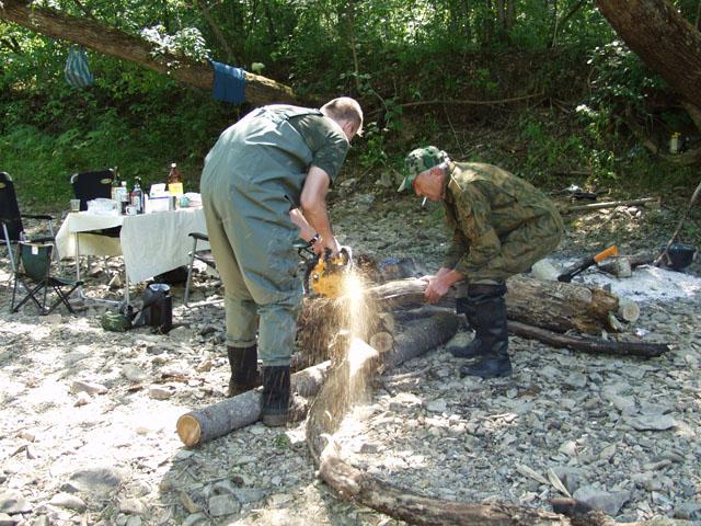 Хозяйственая часть мероприятия. Заготовка дров.