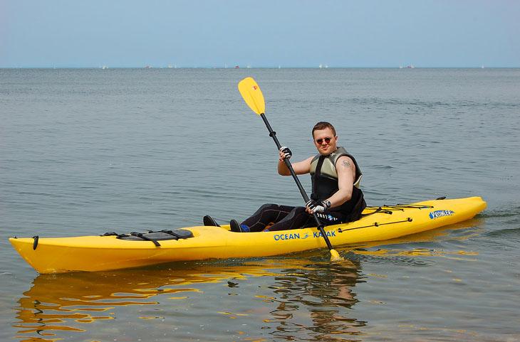 Посему сгрузил на воду каяк, да тупо прокатился вдоль побережья Владивостока со стороны Амурского залива.