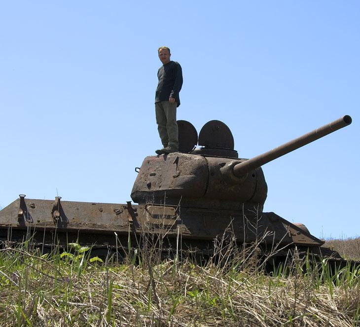 Проведали ржавеющие танки и прочую черемшу.